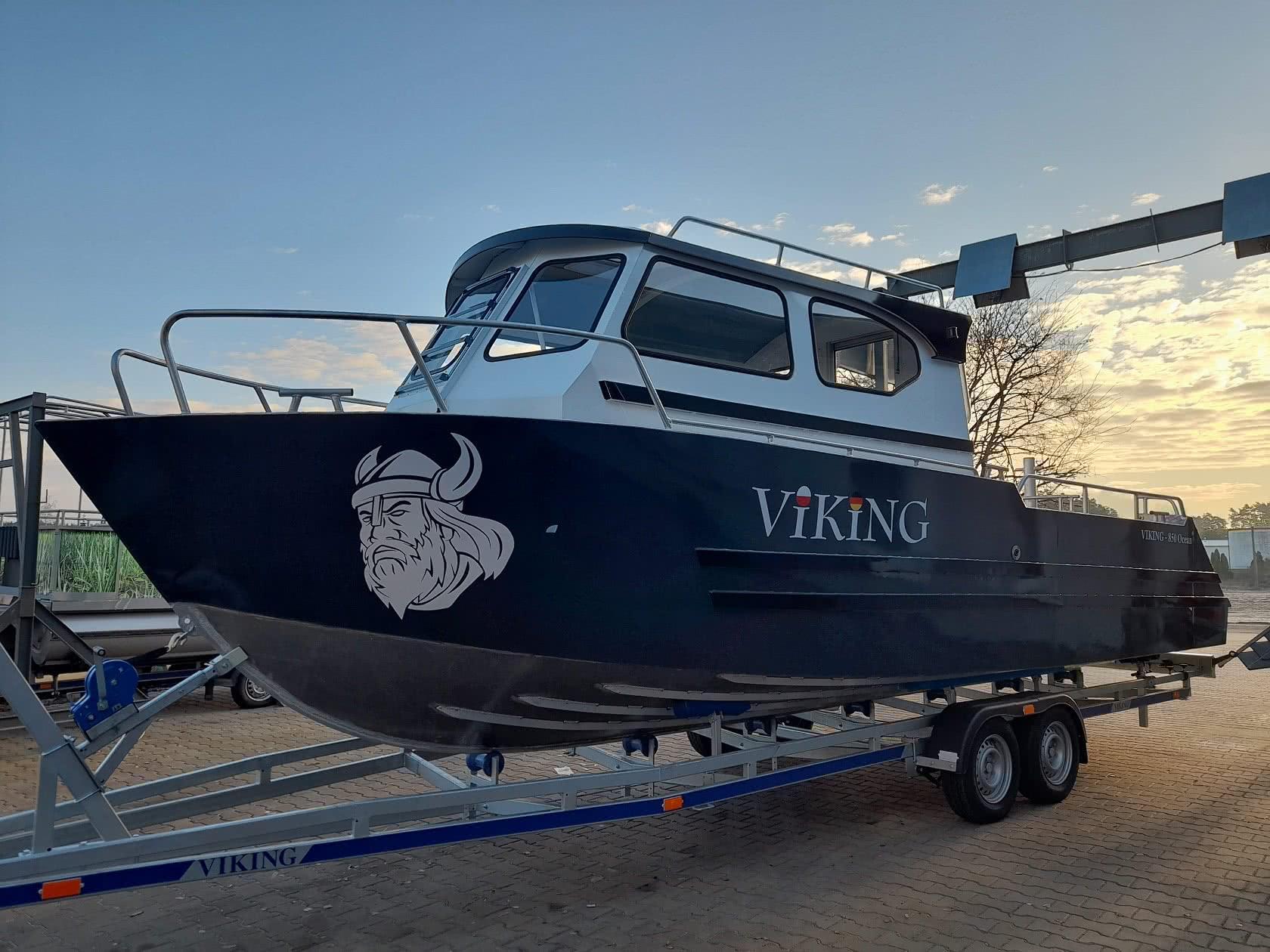 Łódź aluminiowa Viking 550